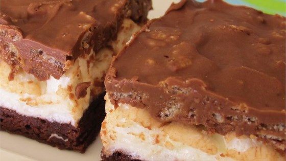 Photo of Brownie-Mallow Bars by Pancake555