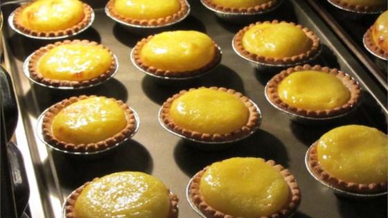 Photo of Easy Hong Kong Style Egg Tarts by robinl