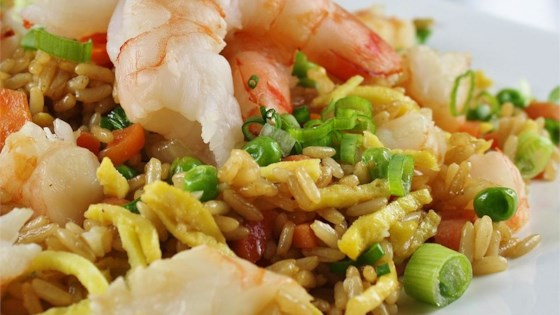 Photo of Korean Saewoo Bokkeumbap (Shrimp Fried Rice) by mykoreaneats