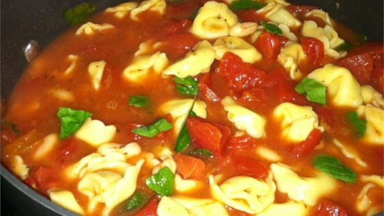 Photo of Simple Tortellini Soup by Sara