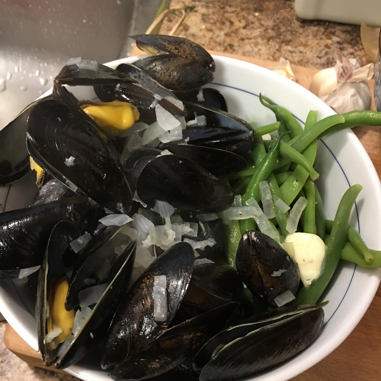Mussels Mariniere nixpaints