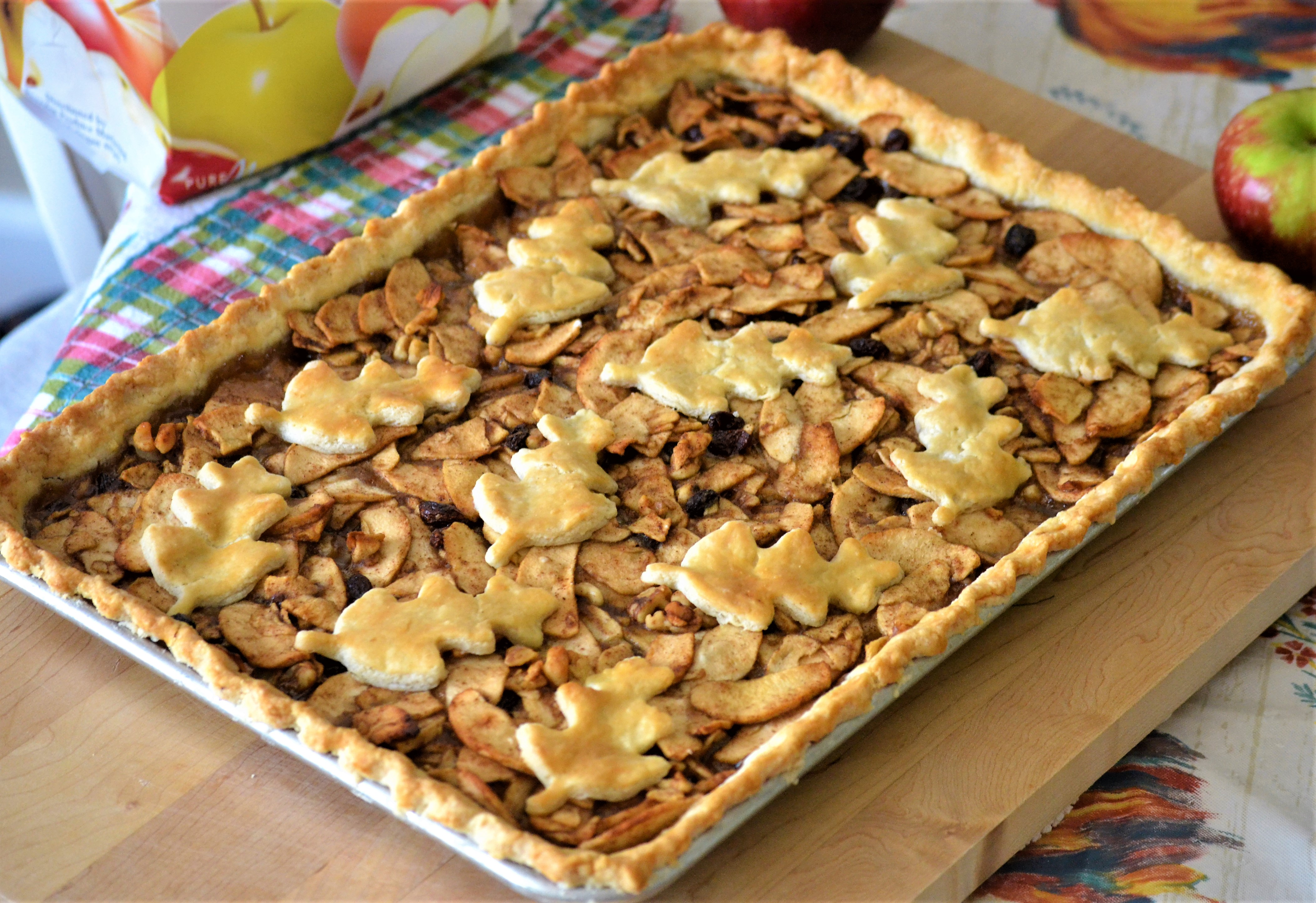 Autumn Apple Slab Pie