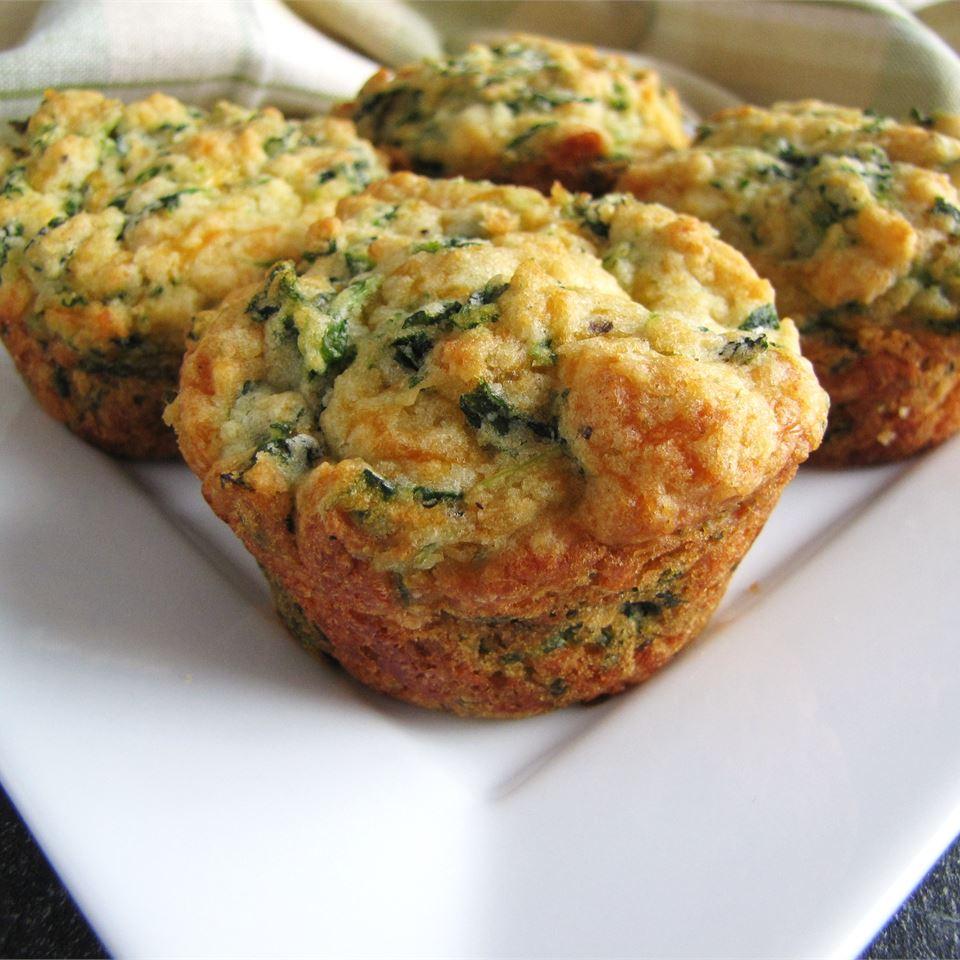 Spinach Cheddar Muffins