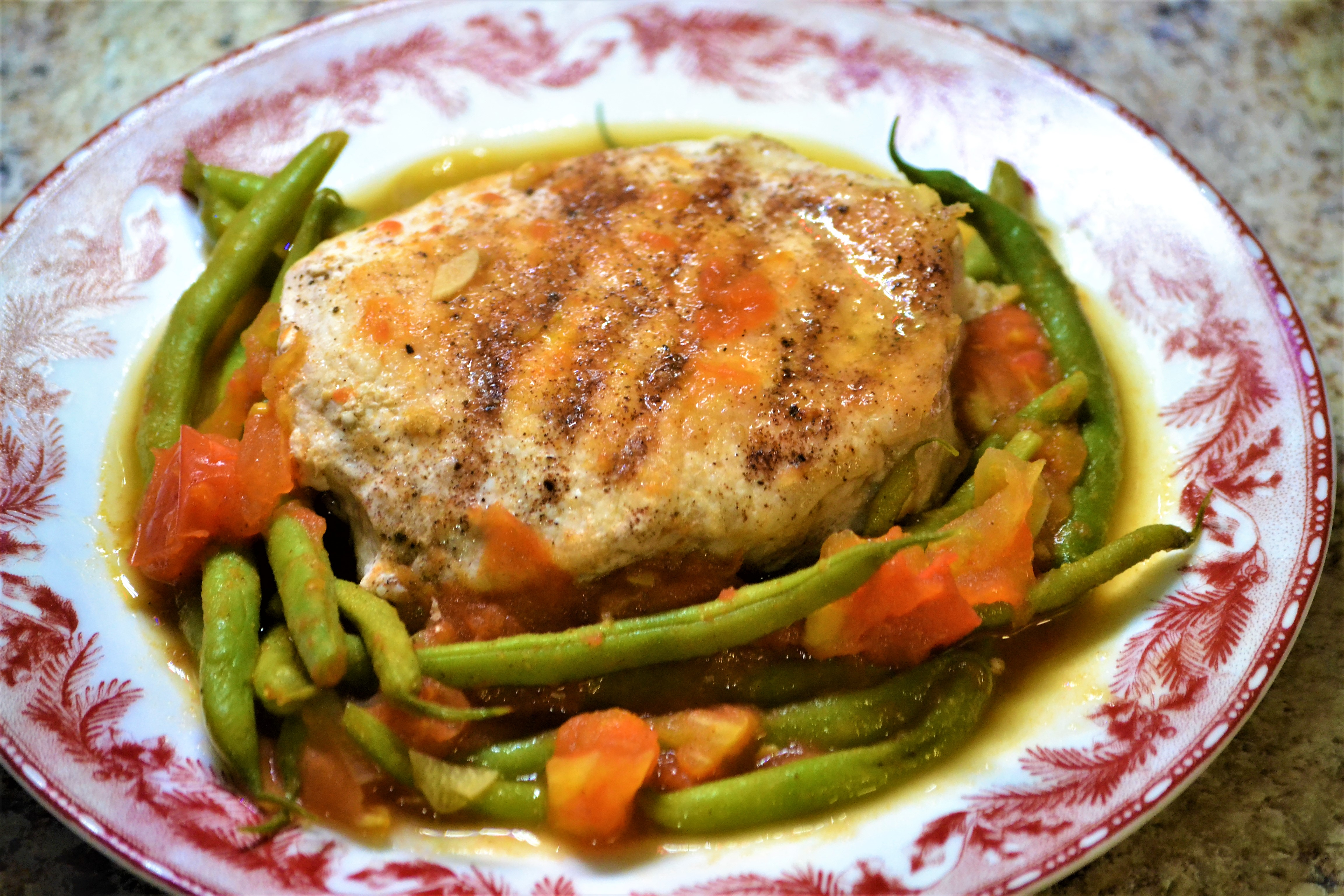 Cinnamon Pork Chops with Green Beans and Tomatoes