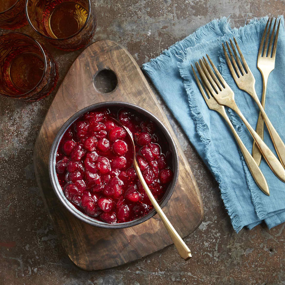 Thanks to an electric pressure cooker like your Instant Pot, this fix-it-and-forget-it cranberry sauce is sure to free up some room on your stove. This Thanksgiving dinner essential has just five ingredients and is super easy, hands-off and ready in 30 minutes.