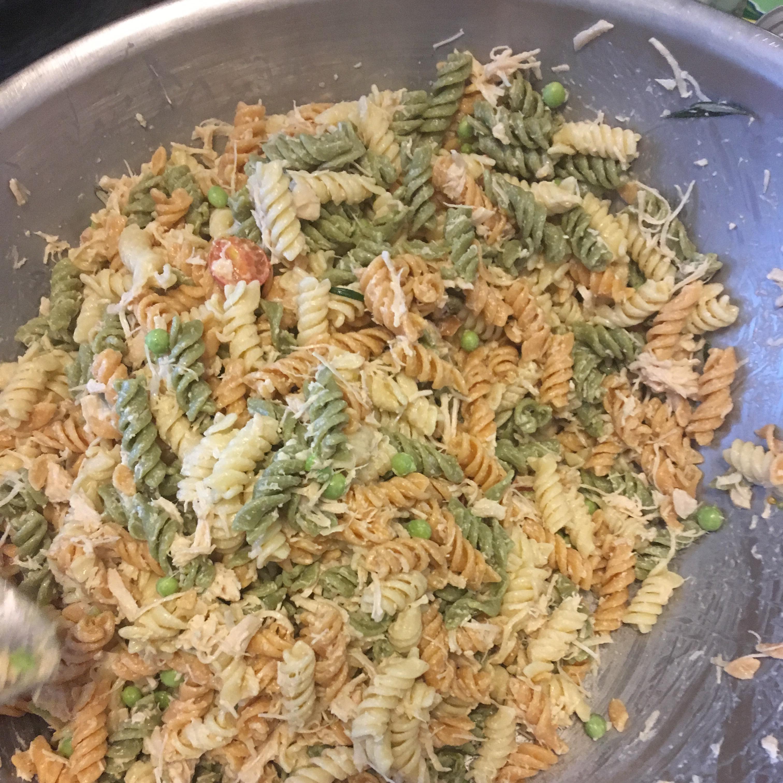 Zesty Cold Chicken Pasta Salad Recipe