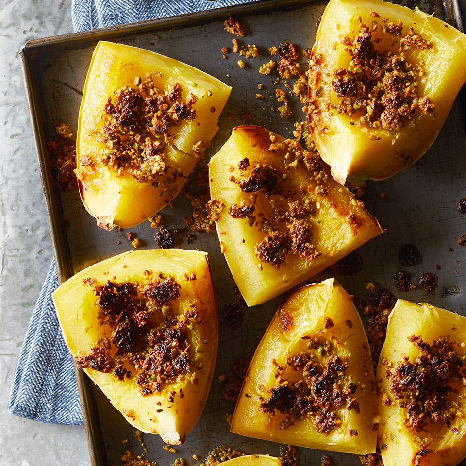 This low-carb vegan side dish is a colorful and delicious addition to your holiday table. No microwave? Bake squash halves cut-side down at 400°F until tender, 40 to 50 minutes.