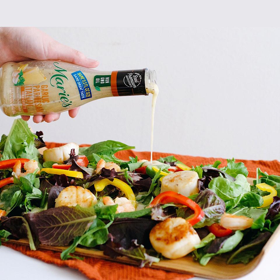 Vinaigrette Scallops and Shrimp Salad_image