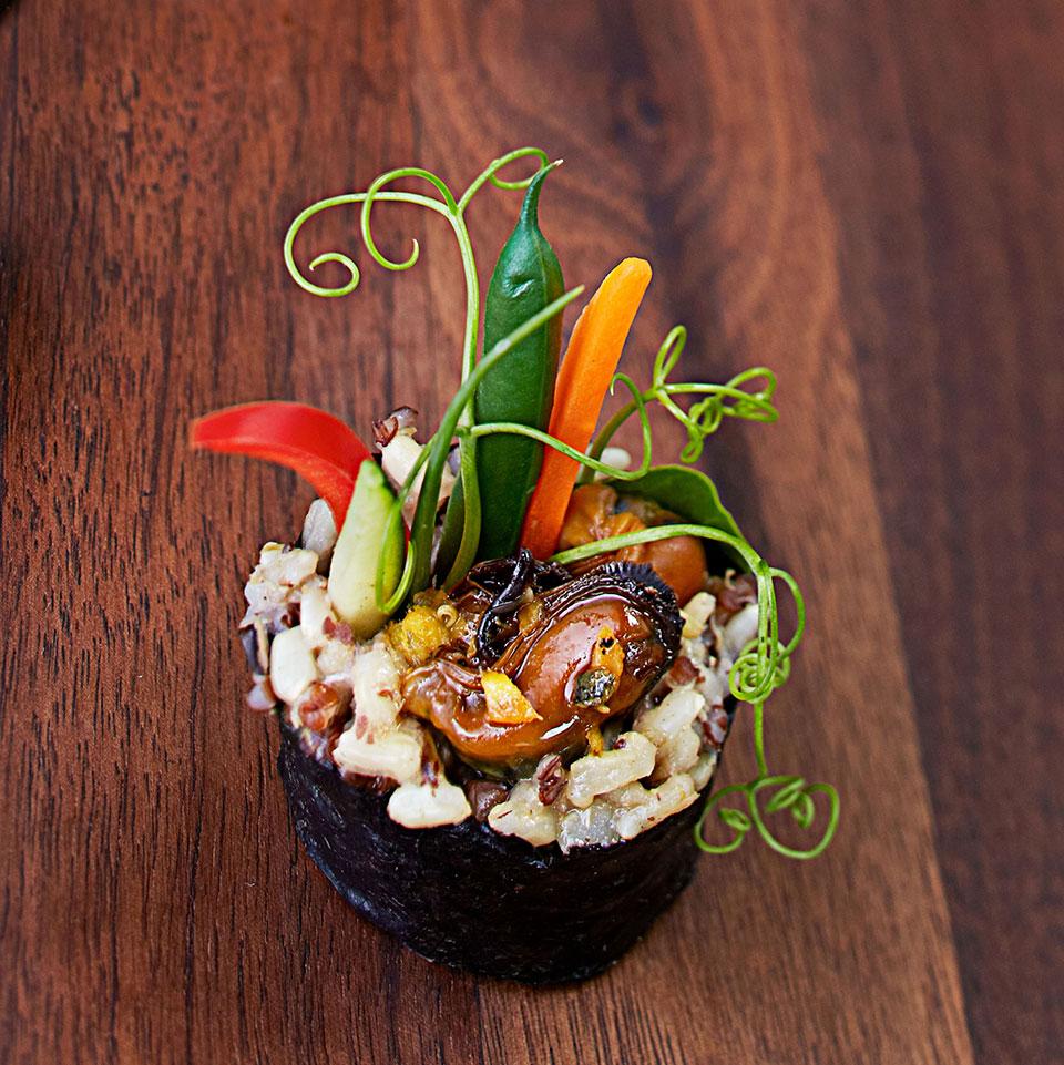Teriyaki-Mussel Maki Rolls Bun Lai