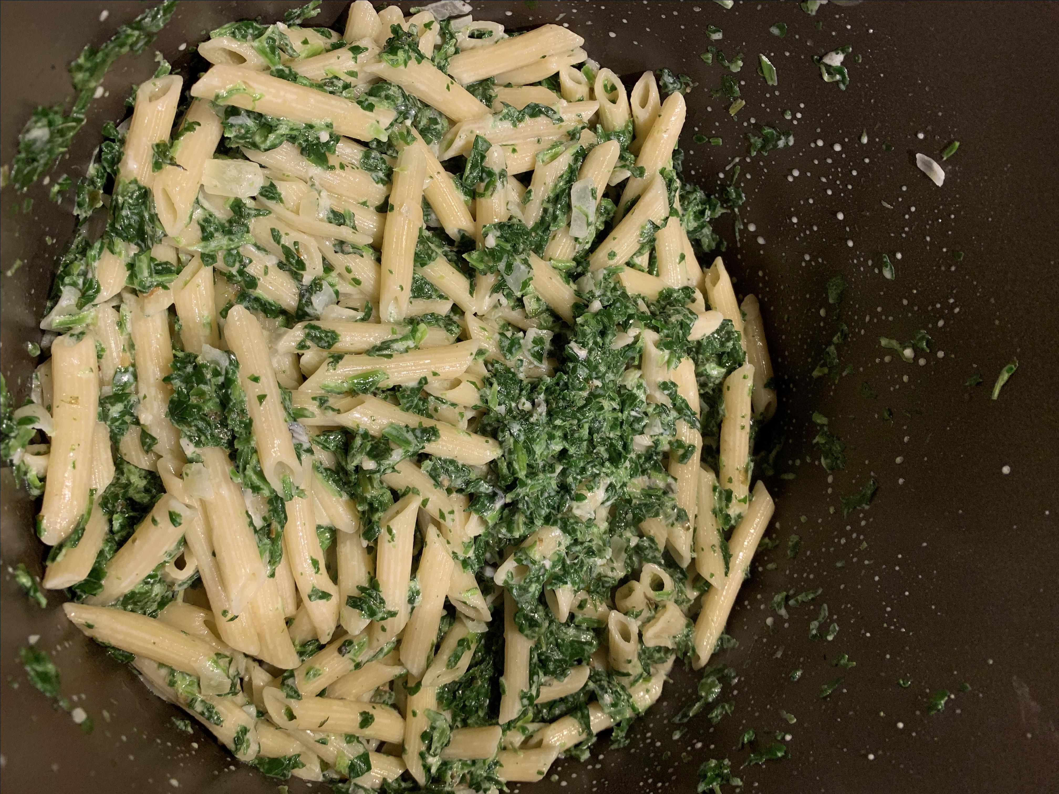 Creamy Gorgonzola Spinach Pasta