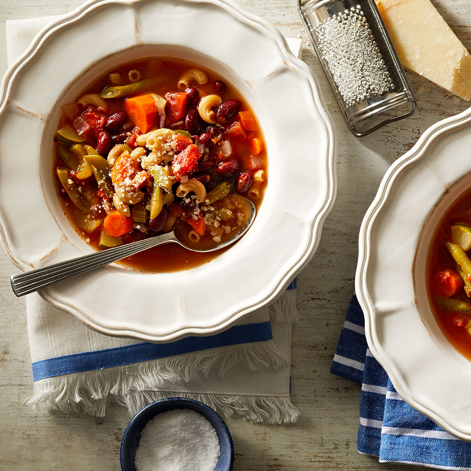A winter classic, this crock pot version of minestrone is heavy on the vegetables and light on the pasta, keeping carbs in check while providing plenty of flavor.