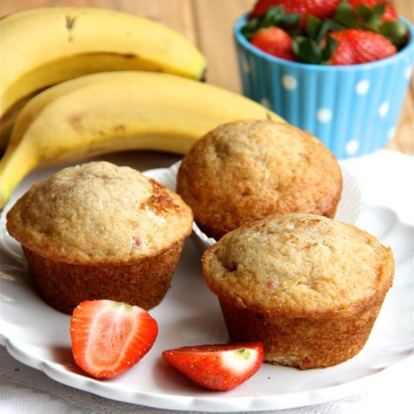 banana strawberry muffins photos