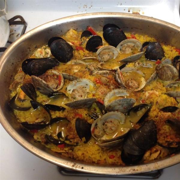 authentic paella valenciana photos
