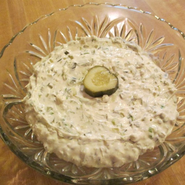dill pickle party dip photos