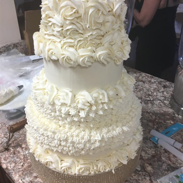 white wedding cake frosting allrecipes white almond wedding cake photos allrecipes 27350