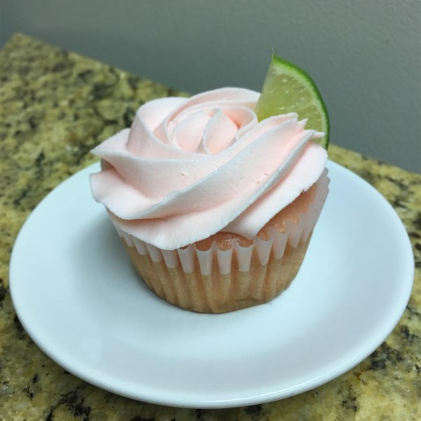 frosted pink lemonade cupcakes photos