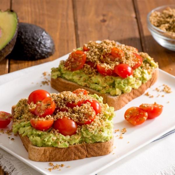 quaker r avocado toast with savoury oat crumble photos