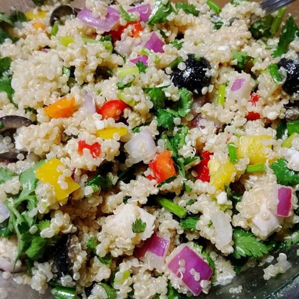 Mediterranean Chicken Quinoa Bowl Recipe: Mediterranean Quinoa Salad Photos