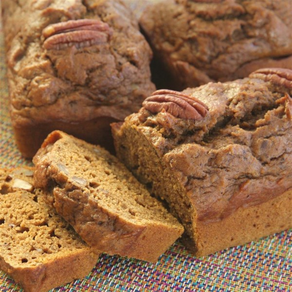 applesauce pumpkin spice bread photos