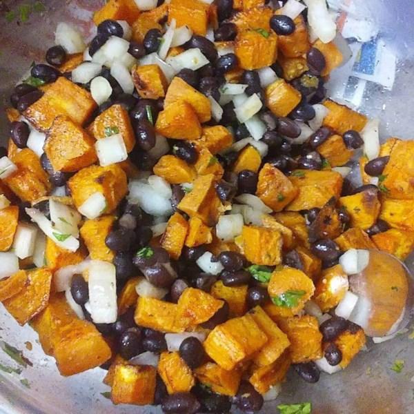 vegan black bean and sweet potato salad photos