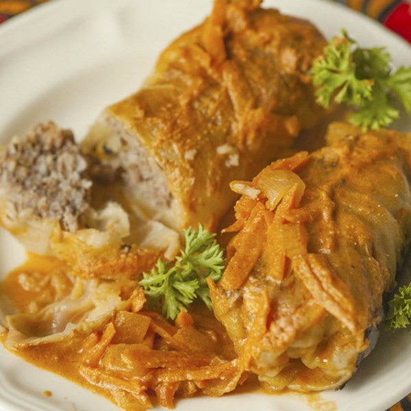 russian cabbage rolls with gravy photos