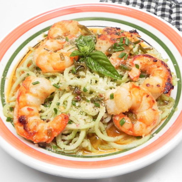 keto shrimp scampi with broccoli noodles photos