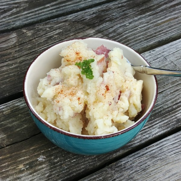 simple vegan garlicky potatoes photos