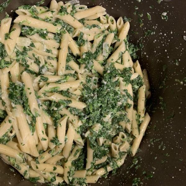 creamy gorgonzola spinach pasta photos