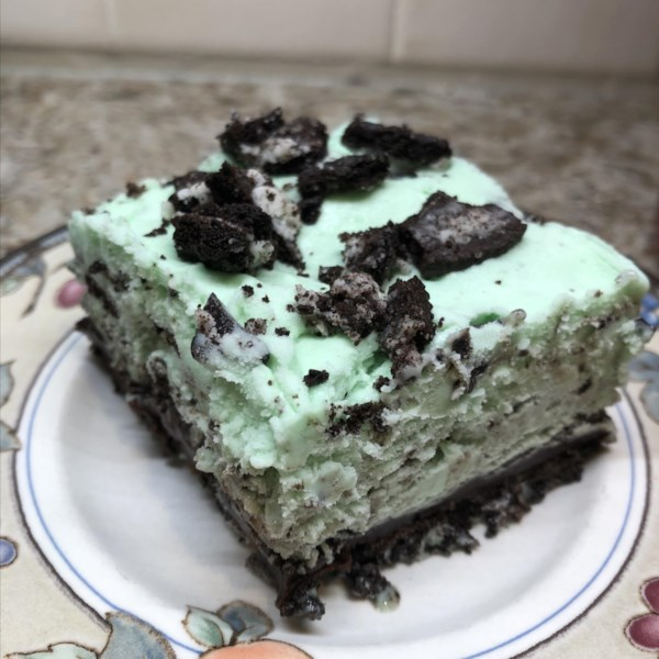 cookies and peppermint ice cream cake photos