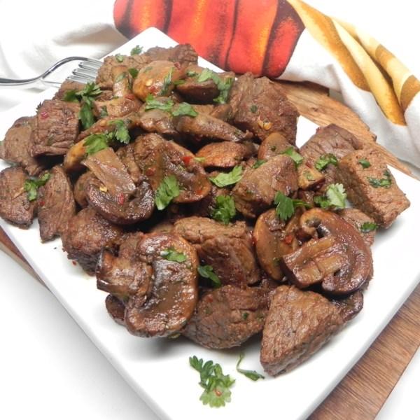 air fryer steak and mushrooms photos