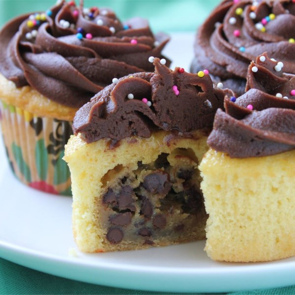 chocolate chip cookie dough cupcake the best cupcake