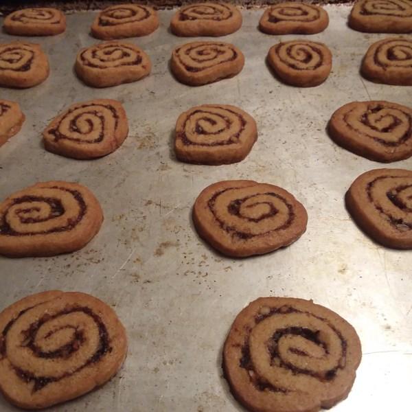 orange date pinwheel cookies photos