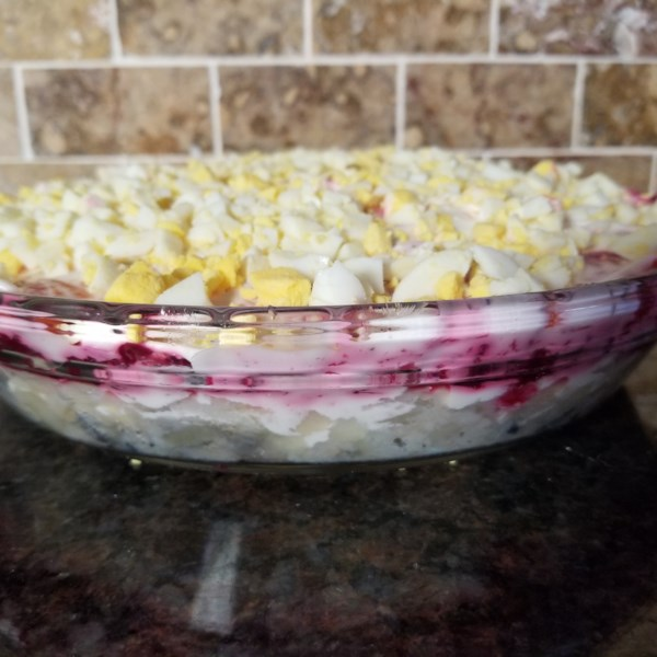 russian beet salad with herring photos