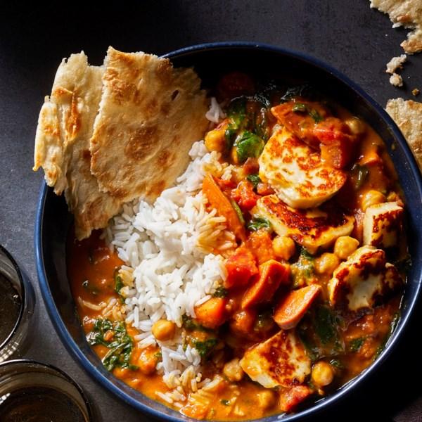 sweet potato spinach and halloumi curry photos