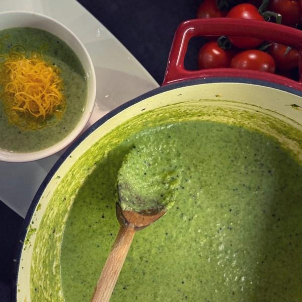 spinach broccoli soup photos