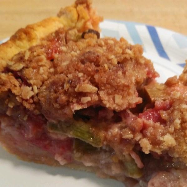 strawberry rhubarb cream pie photos