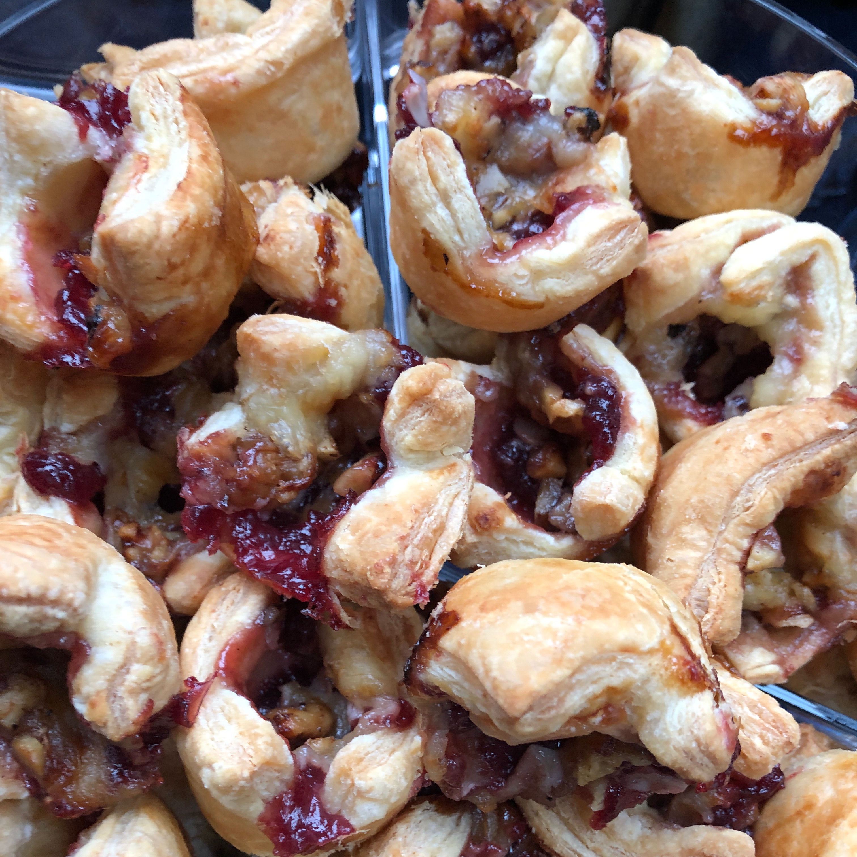 Cranberry Brie Bites_image