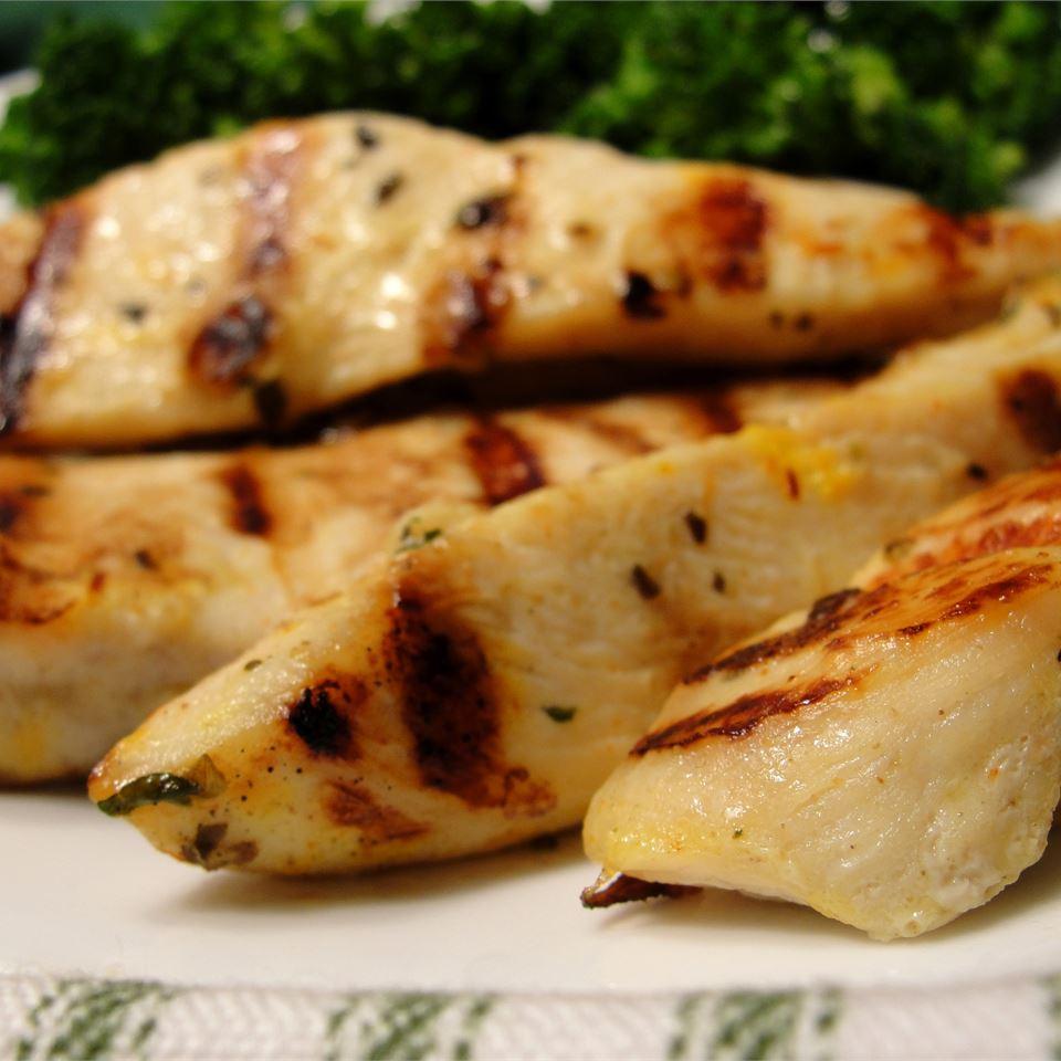 Bessy's Zesty Grilled Garlic-Herb Chicken