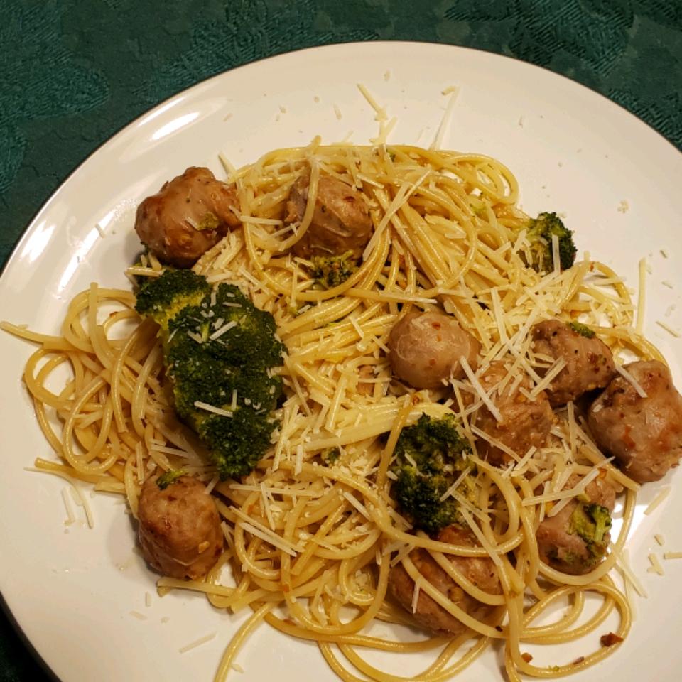 Penne with Sausage and Broccoli Rabe Lisa B.