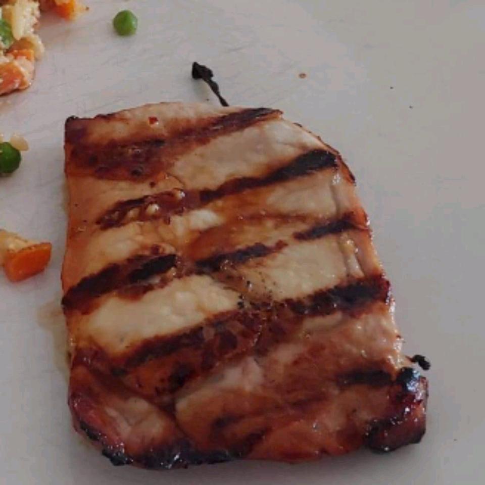 Honey-Grilled Pork Chops