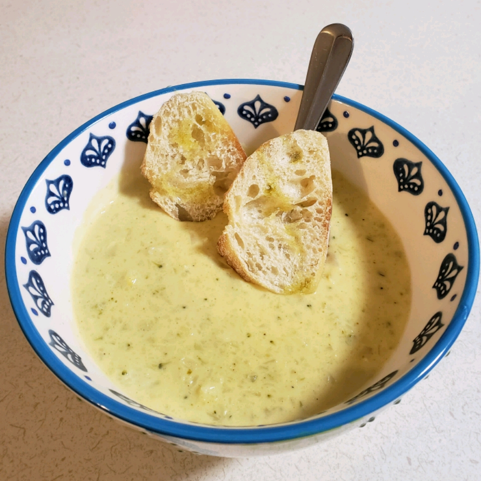 Tim Perry's Soup (Creamy Curry Cauliflower and Broccoli Soup) Hillary Byrum
