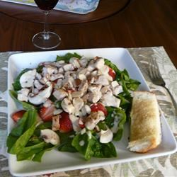 Chicken Strawberry Spinach Salad with Ginger-Lime Dressing Cara456