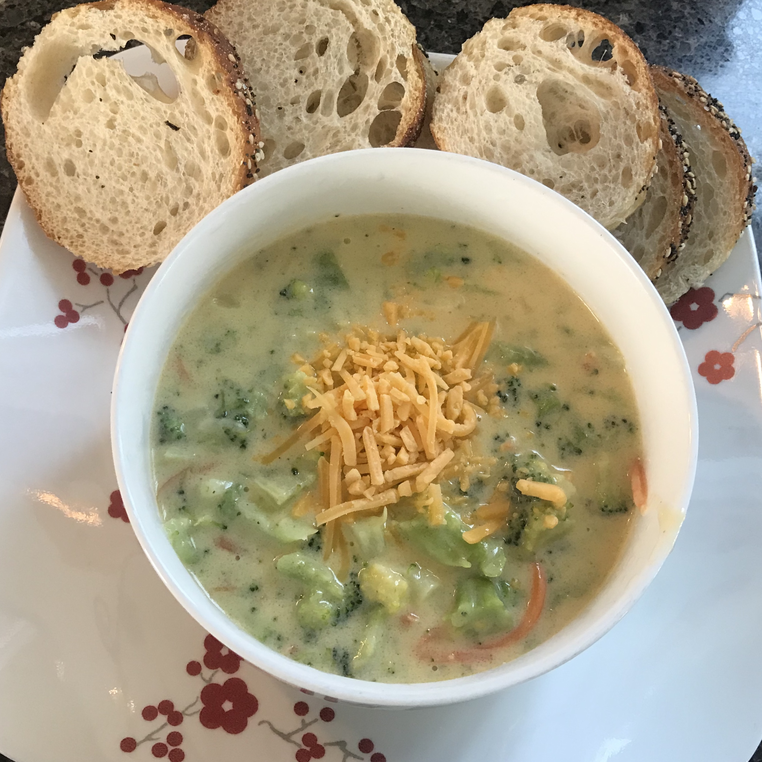 Sandy's Homemade Broccoli and Cheddar Soup