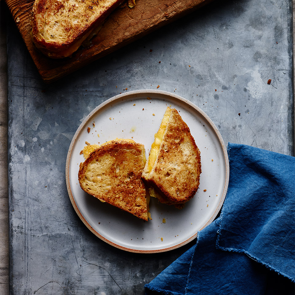 Perfectly Crispy Grilled Cheese