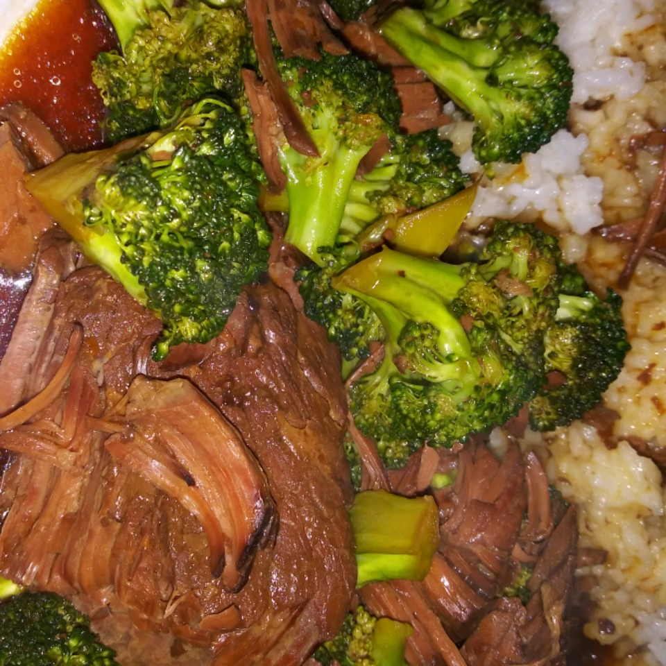 Slow Cooker Broccoli Beef Connie