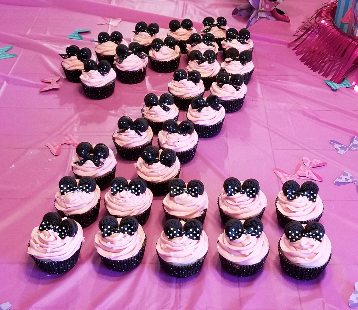 Minnie Mouse(R) Cupcakes
