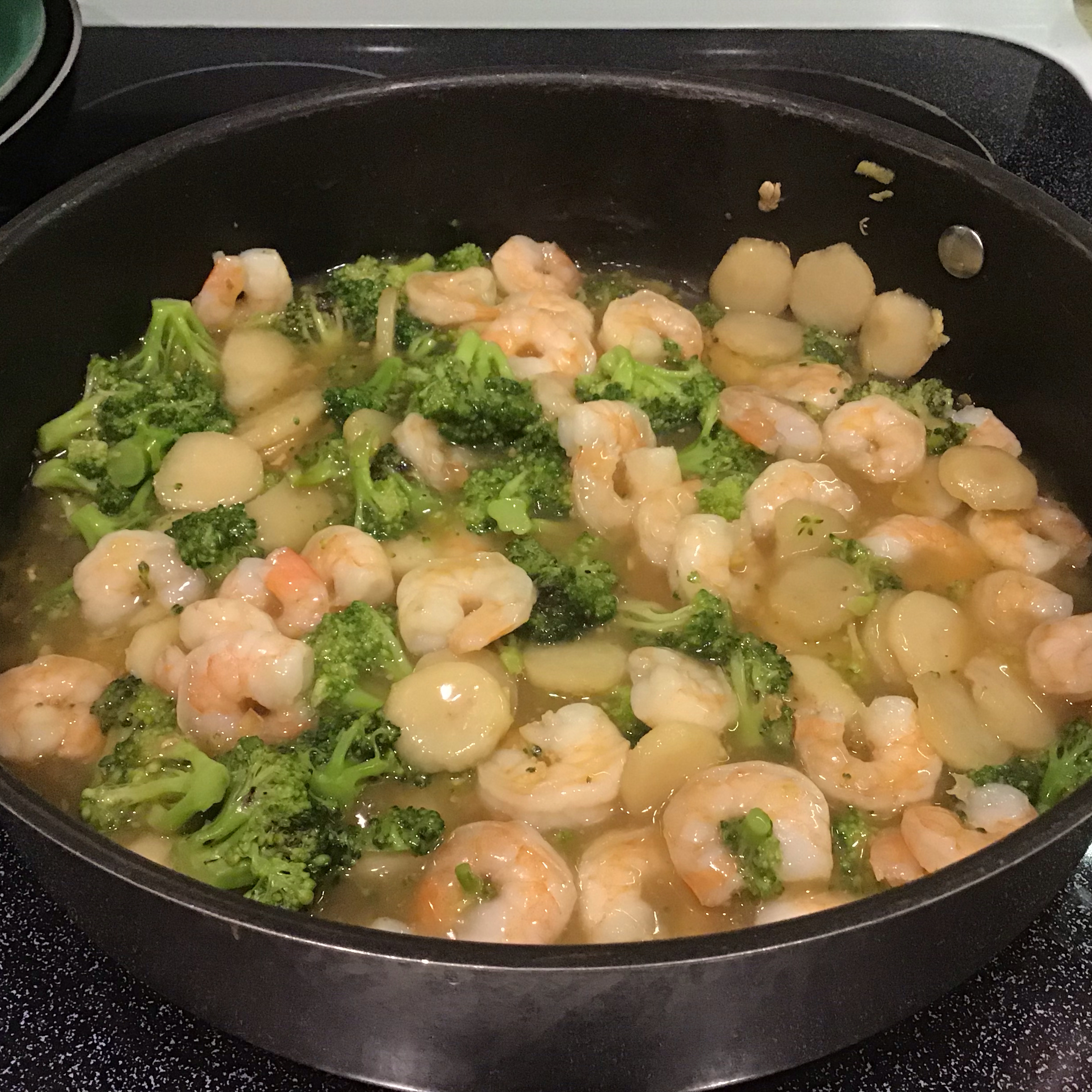 Shrimp with Broccoli in Garlic Sauce Phyllis