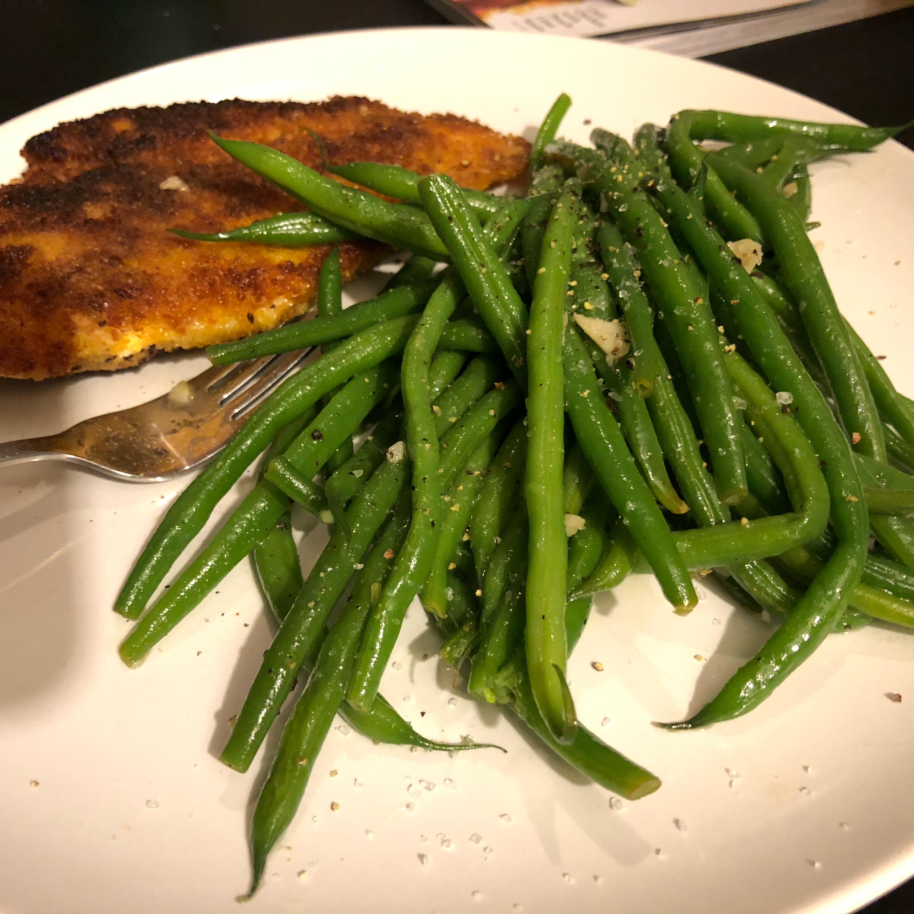 Buttery Garlic Green Beans image