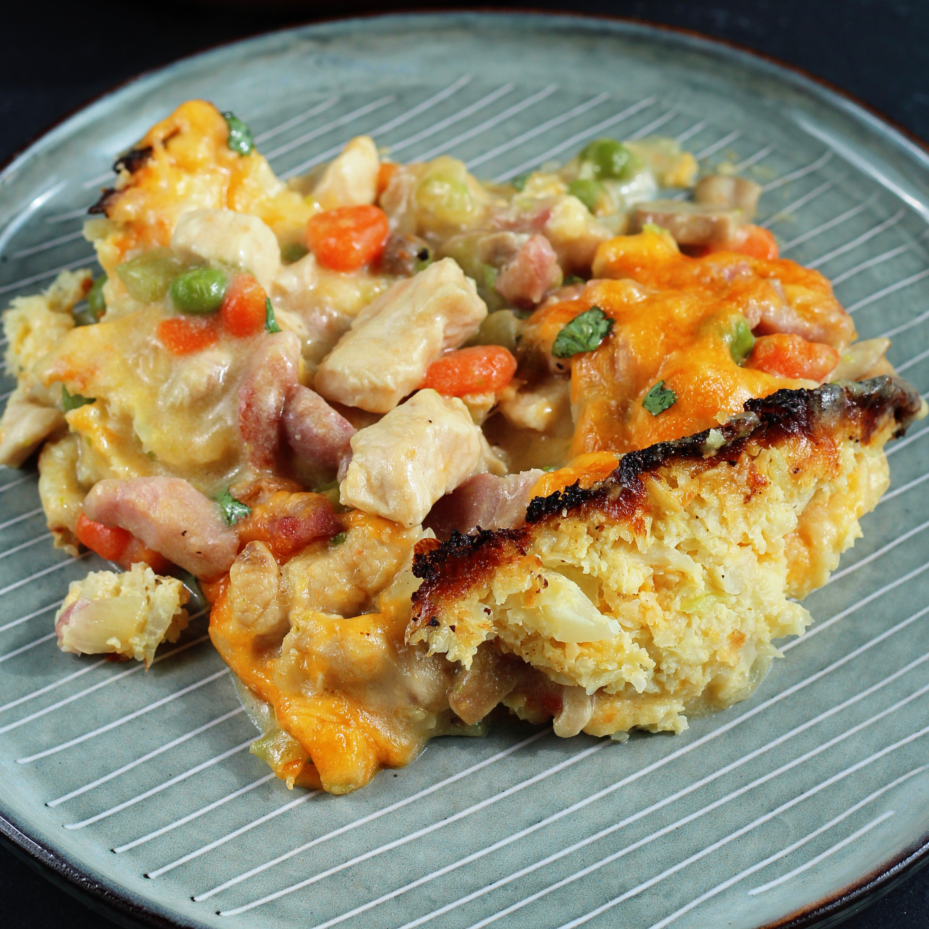 Keto Chicken Breast Pot Pie with Cauliflower Crust - Printer Friendly