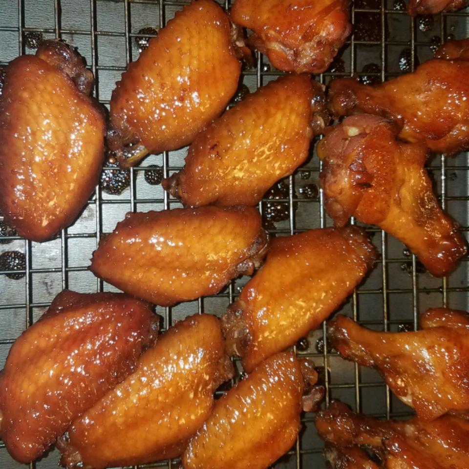 Candied Garlic Chicken Wings tduff
